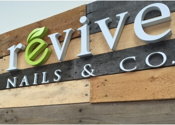 Chicago nail salon Revive Nails & Co.