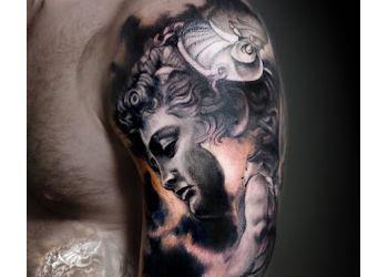 Evansville tattoo shop Revolution Ink Studio