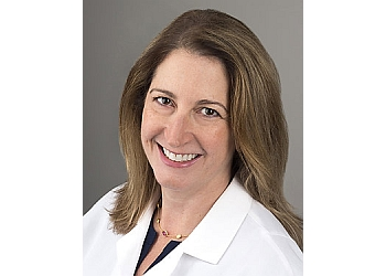 Boston dermatologist Reynolds Rachel, MD