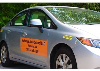 Worcester driving school Richways Auto School LLC.