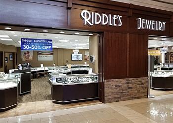 Omaha jewelry Riddle's Jewelry