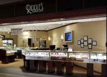 Wichita jewelry Riddle's Jewelry
