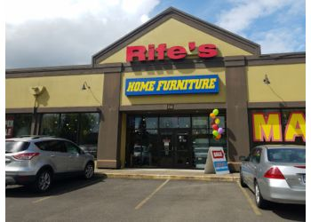 Eugene furniture store Rife's Home Furniture