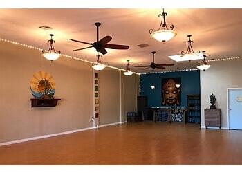 San Diego yoga studio Riffs Yoga Studios