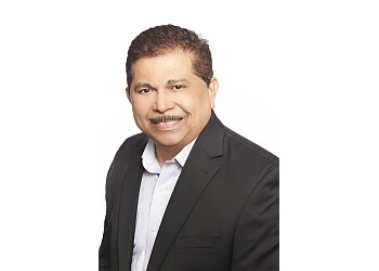 Pasadena real estate agent Rigo Flores