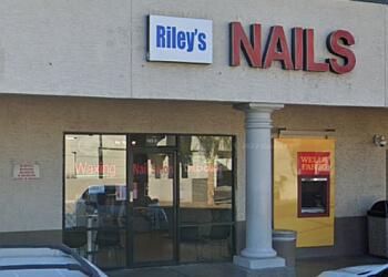 Riley's Nails
