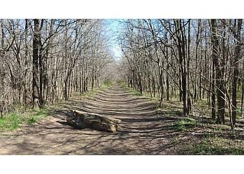 Arlington hiking trail River Legacy Parks