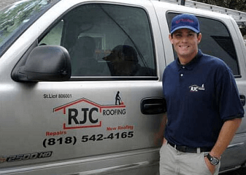 Glendale roofing contractor Rjc Roofing