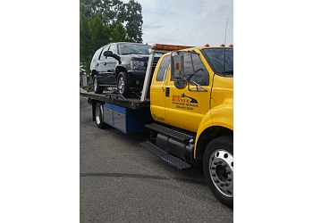 Modesto towing company Roadrunner Auto Service & Towing