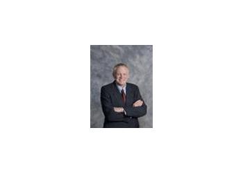 Huntsville neurosurgeon Robert Hash, MD