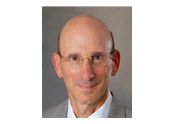 Milwaukee cardiologist Robert Huxley, MD