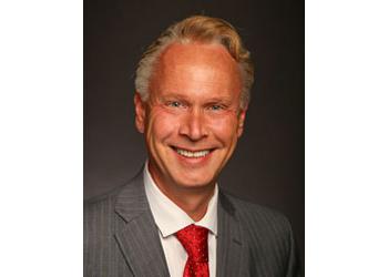 St Paul bankruptcy lawyer Robert J. Hoglund