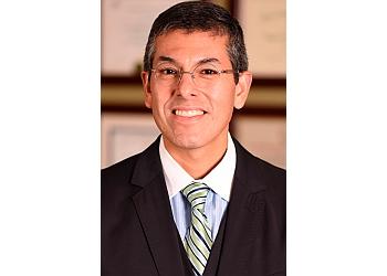 Chandler plastic surgeon Roberto Gonzalez, MD