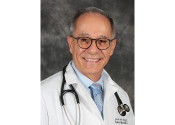 Corona cardiologist Roberto Moscoso, MD, FACC