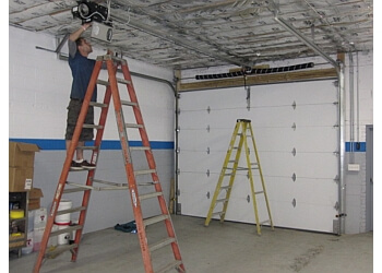 3 Best Garage Door Repair In Chicago Il Threebestrated