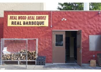Pasadena barbecue restaurant Robin's Woodfire BBQ
