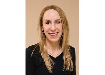 Tucson dermatologist Robyn Glaesser  MD, FAAD