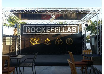 Corona sports bar Rockefellas Bar