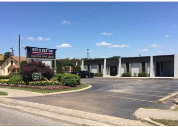 Huntsville auto body shop Rod's Custom Collision Repair Center