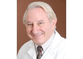 Escondido cardiologist Roger Acheatel, MD