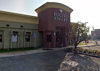 3 best jewelry in bakersfield ca threebestrated for Jewelry repair fresno ca