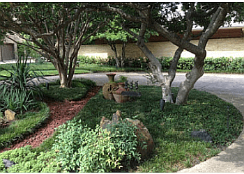 Garland landscaping company Rohde's Organic Landscape Services