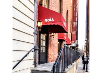 New Haven french cuisine Roia Restaurant and Cafe