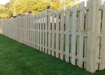 Rochester fencing contractor Roman Fence