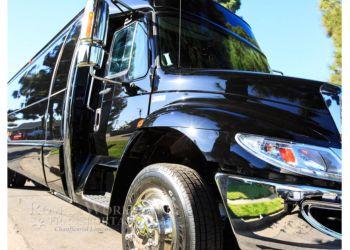 Huntington Beach limo service Roman Worldwide Transportation
