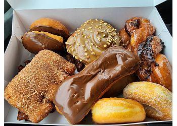 Las Vegas donut shop Ronald's Donuts