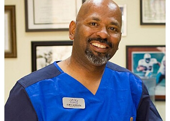 Inglewood physical therapist Ronnie Johnson, PT