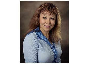 Mesa marriage counselor Rosa Ruales, MBA, LAMFT, LPC, NCC, RPT