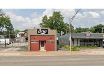 St Louis electrician Rosco Electric