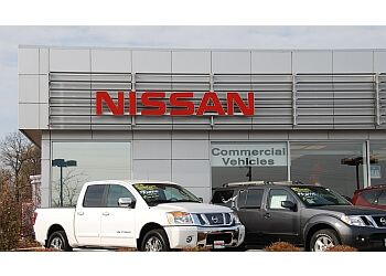 Milwaukee car dealership Rosen Nissan Milwaukee
