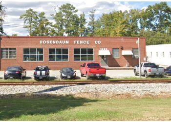 Hampton fencing contractor Rosenbaum Fence Company