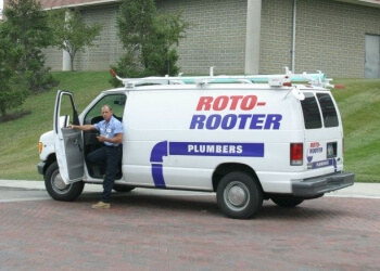 Glendale plumber Roto-Rooter Plumbing & Water Cleanup