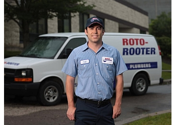 Overland Park plumber Roto-Rooter Plumbing & Water Cleanup