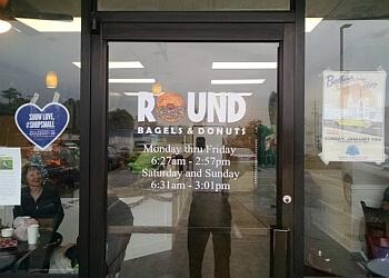 Wilmington bagel shop Round Bagels & Donuts
