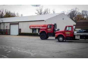 Toledo auto body shop Rowe Collision Inc.