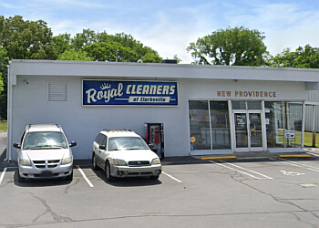 Clarksville dry cleaner Royal Cleaners