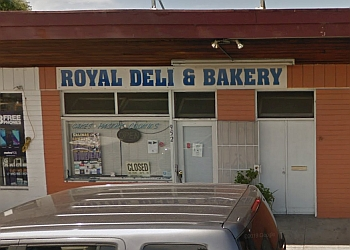 Salinas cake Royal Deli & Bakery