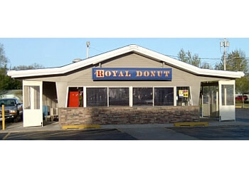 Cleveland donut shop Royal Donut