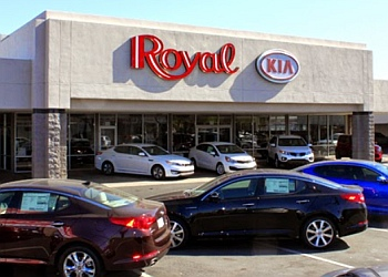 Tucson car dealership Royal Kia