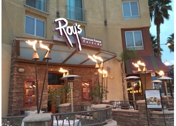Pasadena seafood restaurant Roy's Restaurant