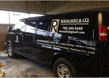 Chicago commercial cleaning service Rozalado Services