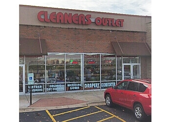 Naperville dry cleaner Ruby Cleaners Outlet
