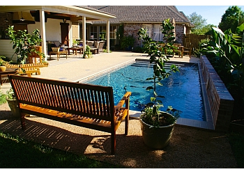Baton Rouge pool service Russell Pool Company