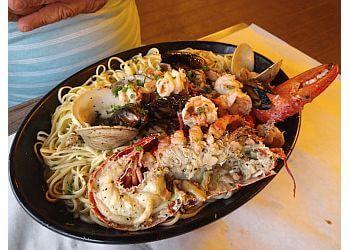 Fort Lauderdale seafood restaurant Rustic Inn Crabhouse