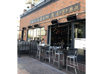 San Diego american restaurant Rustic Root