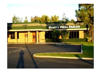 Bakersfield pizza place Rusty's Pizza Parlor